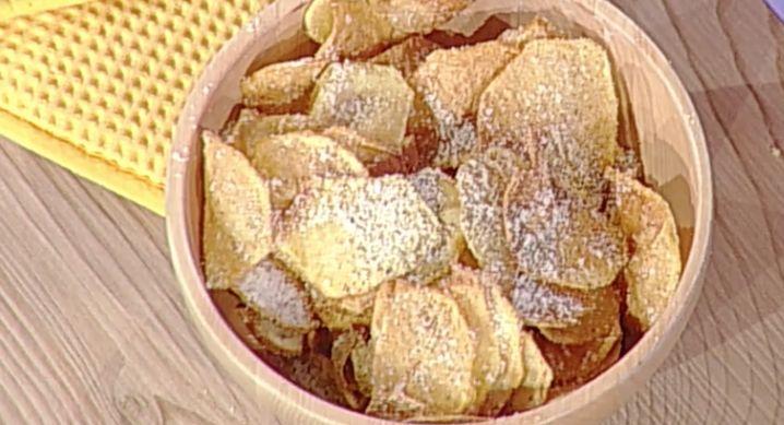 Tra le ricette La prova del cuoco di Anna Moroni la ricetta delle patate cacio e pepe di oggi 2 novembre 2017