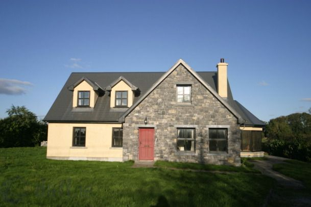 Lisnagloos, Craughwell, Co. Galway £147,360 downstairs bedroom