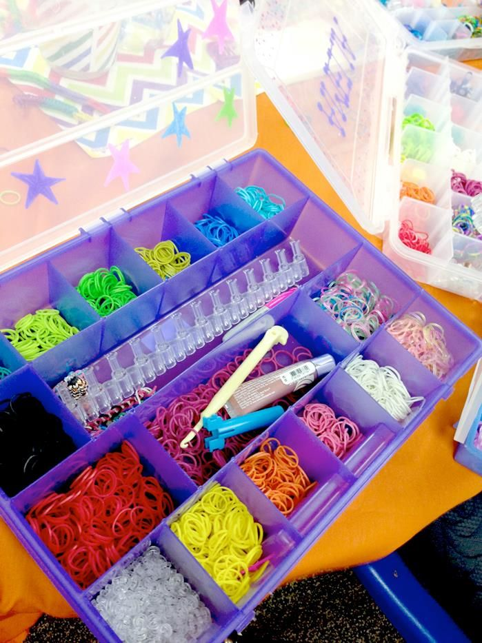 Rainbow loom party! With Lots of Fun Ideas! Via Kara's Party Ideas KarasPartyIdeas.com #rainbowparty #loomparty #rainbowloomparty (6)