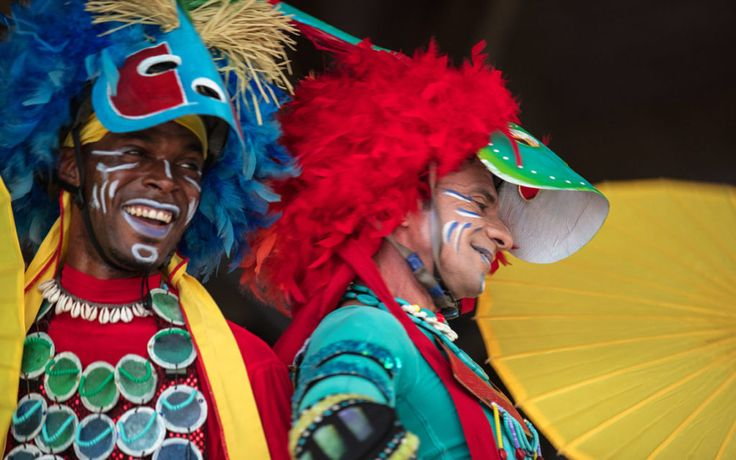 If you're craving a journey through the Caribbean islands, look no further than the new Caribbean Carnaval at Loews Sapphire Falls Resort.  Beginning April 5, you can add this family-friendly, fun-filled dinner show to your visit and experience the delightful tastes, festive sounds and dances of the Bahamas, Cuba, Jamaica, Barbados and Trinidad. The festivities take place every Wednesday at 6 p.m. in the Cayman Court at Sapphire Falls.