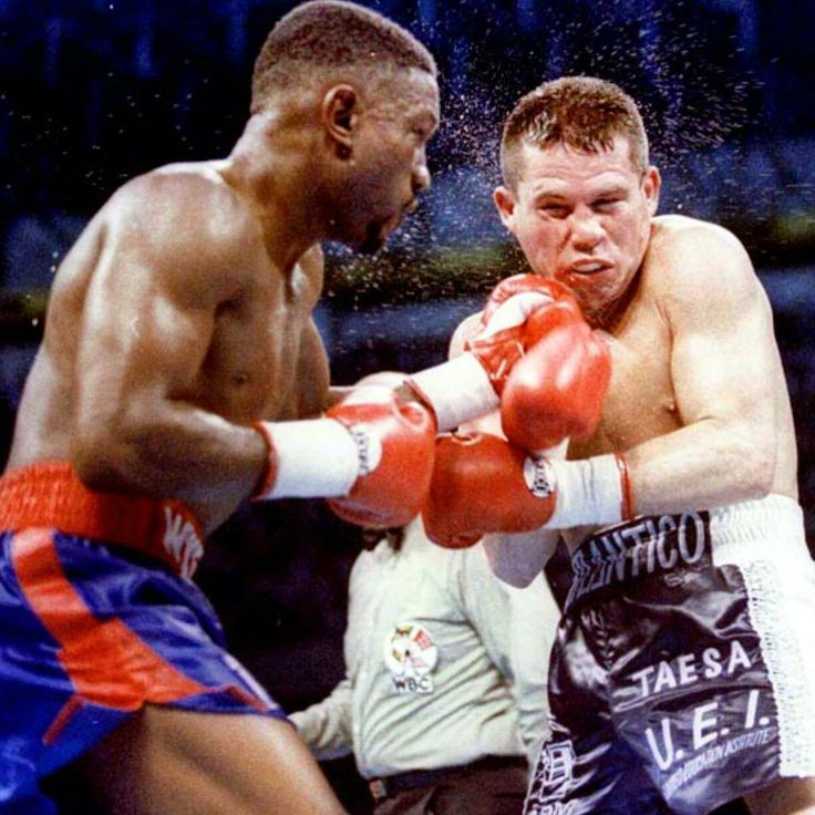 #OnThisDay: Julio Cesar Chavez salvaged controversial draw with Pernell Whitaker LINK IN BIO http://www.boxingnewsonline.net/on-this-day-julio-cesar-chavez-salvaged-controversial-draw-with-pernell-whitaker/ #boxing #BoxingNews #Chavez #Whitaker