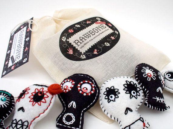 beautiful handmade mexican folk art garland by rawbone studio on etsy halloween garlandhalloween skullhalloween - Mexican Halloween Skulls