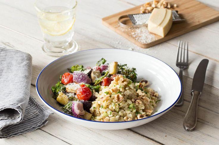 Köstliches Ofengemüse auf cremigem Ebly-Salat
