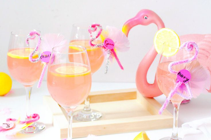 DIY these adorable flamingo drink tags for your summer celebrations.