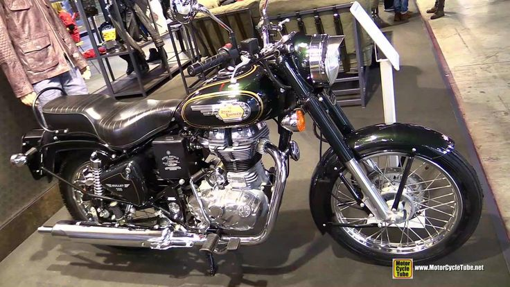 2015 Royal Enfield Bullet 500 Green Forest - Walkaround - 2014 EICMA Mil...