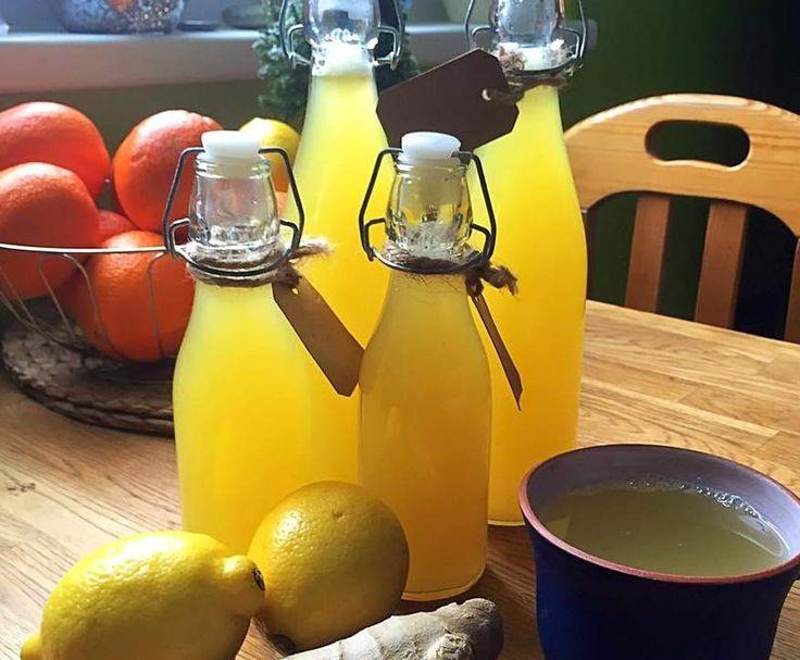Ingwersaft mit Zitronen und Orangen