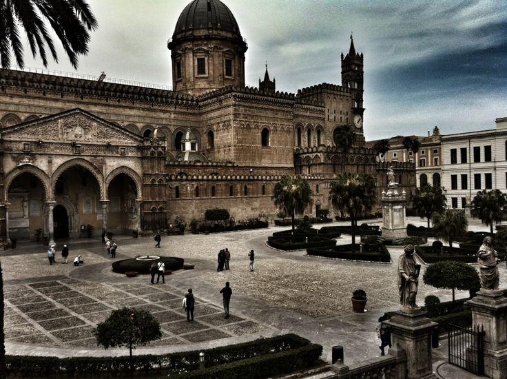 Cattedrale vista da palazzo asmundo
