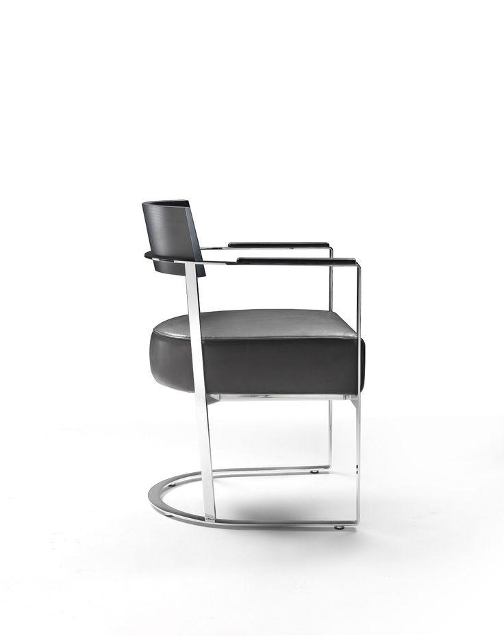 FLEXFORM MORGAN armchair #design Antonio Citterio