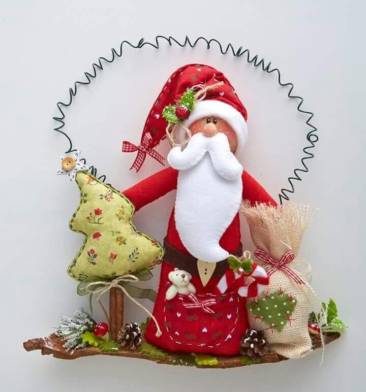 Colgante Santa con tela y fieltro