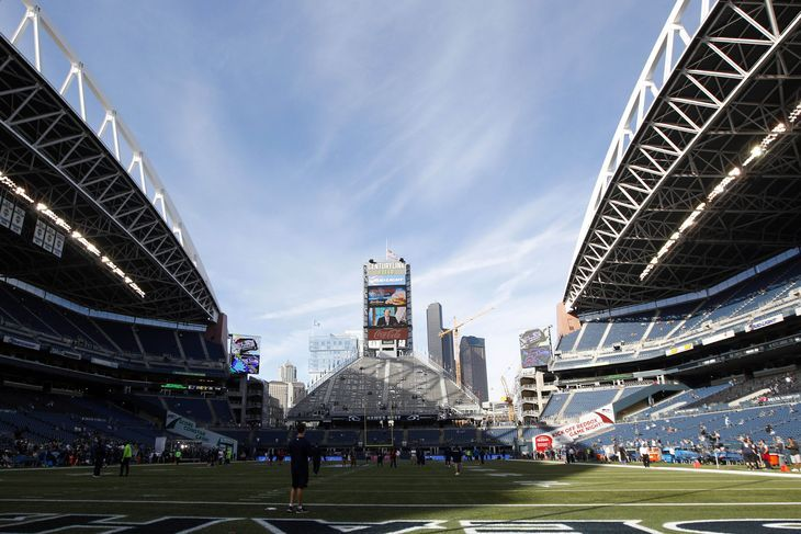 Monday Night Football, Lions-Seahawks live updates and reactions -  By Jess Root  @senorjessroot on Oct 5, 2015, 6:00p