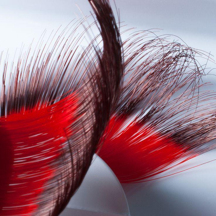Extravagante wimpers met verfijnde stijlelementen.  Wil jij je eigen wimpers meer kracht geven? Kies dan een wimper uit het Make-up Studio assortiment. Ook voor opvallende wimpers biedt Make-up Studio een ruime keuze.  Prijs 11,90 euro.