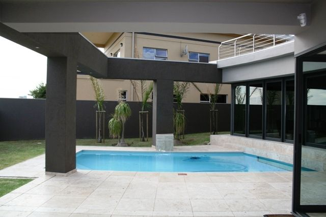 MODERN BEAUTY AT ITS BEST: This one is for only those few that can really appreciate architecture at its best, right in Greenways Golf Estate on sea.