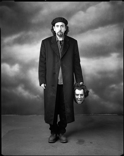 Tim Burton with a severed head prop, Sleepy Hollow
