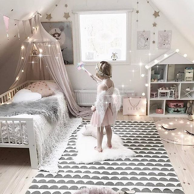 The 25 best ideas about Girls Princess Room on Pinterest
