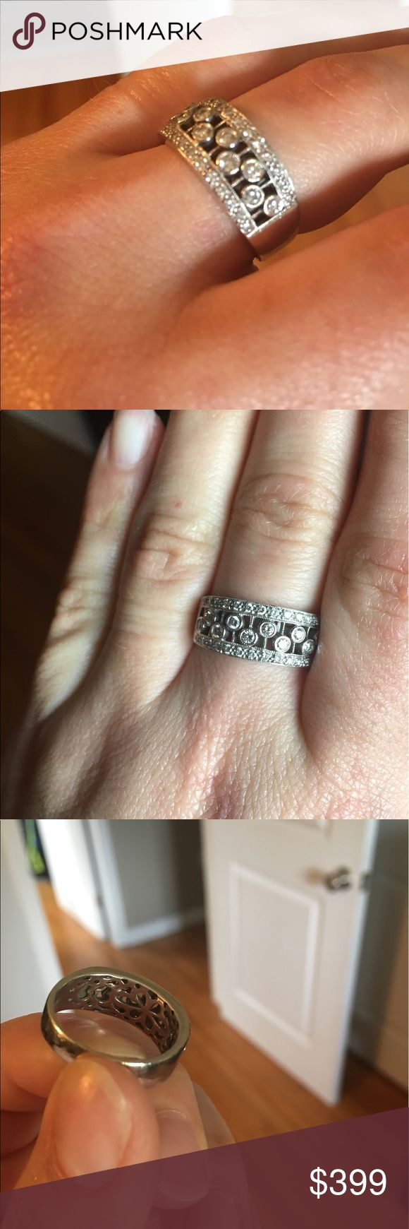 1/2 karat total Diamond ring 14kt White gold an diamond ring. Size 9. Love it just never wear it anymore. No trades Jewelry Rings