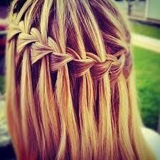 Resultado de imagen para peinados con trenzas y pelo suelto para adolescentes #peinadoscontrenzas
