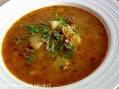 Pochutnejte si na zdravější variantě této husté a syté polévky. Jaká je její přidaná hodnota