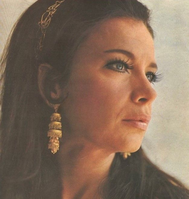 Tzeni Karezi/Τζένη Καρέζη…