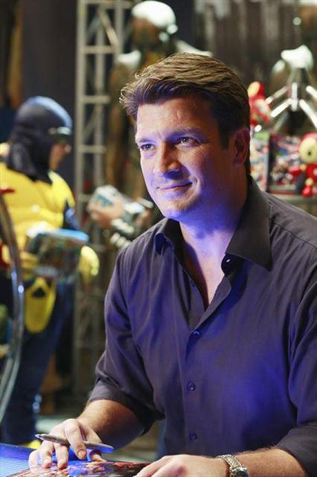 "Rick Signs Copies of Storm Season in Castle Season 5, Episode 6: ""The Final Frontier"""