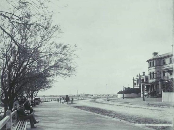 The Esplanade in St Kilda,Victoria (year unknown).