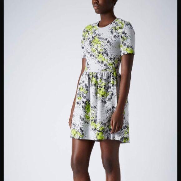 Topshop grey floral babydoll dress Sale going on for 24 hrs only !! NWOT.  ❌ TRADES ✅ Ⓜ️ercari ✅Bundles Topshop Dresses