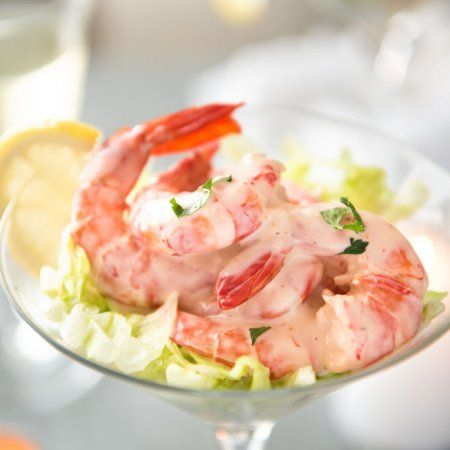 Prawn Cocktail - Prawns (shrimp) tossed in a Marie Rose Sauce, the classic pink mayonnaise sauce for prawn cocktails. Fast, fresh and delicious! www.recipeteineats.com