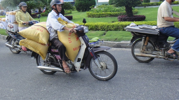 Any chance of carrying 3 bags on your motorbike? SURE!