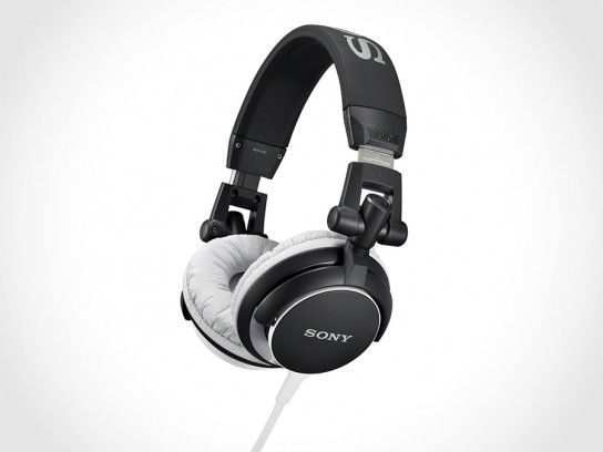 Sony MDR-V55 and MDR-ZX600 Headphones