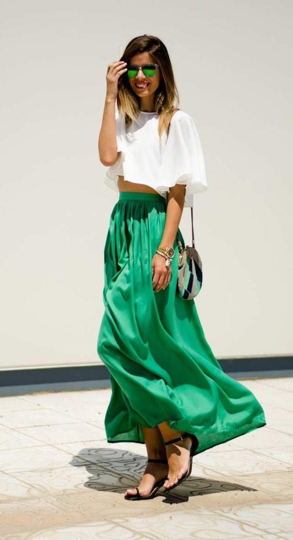 une jupe longue verte