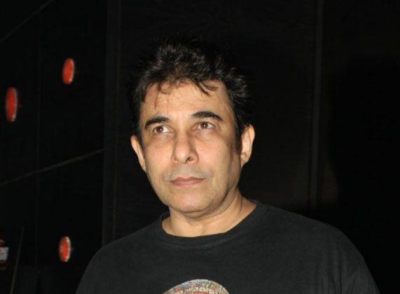 Deepak Tijori to play villain in Sunny Leone starrer Tina and Lolo | News | Bollywood | Fundoofun.com