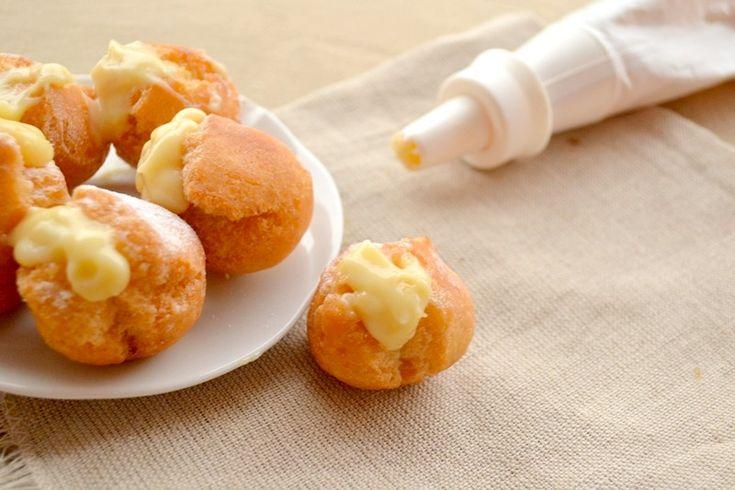 Castagnole con crema dolci di carnevale