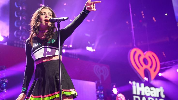 Vevo nabs last major label as it looks to launch subscription serviceMusic videos from Warner Music Group artists like Charli XCX will now stream on Vevo.  Image: by Kyle gustafron/for the Washington Post via Getty Images  By Emma Hinchliffe2016-08-02 18:26:36 UTC  Vevo the music-video streaming platform just snagged licensing rights for Warner Music Group filling the last big hole in its catalogue as it tries to reboot.  Videos from Warner Music Group artists who include Aretha Franklin…