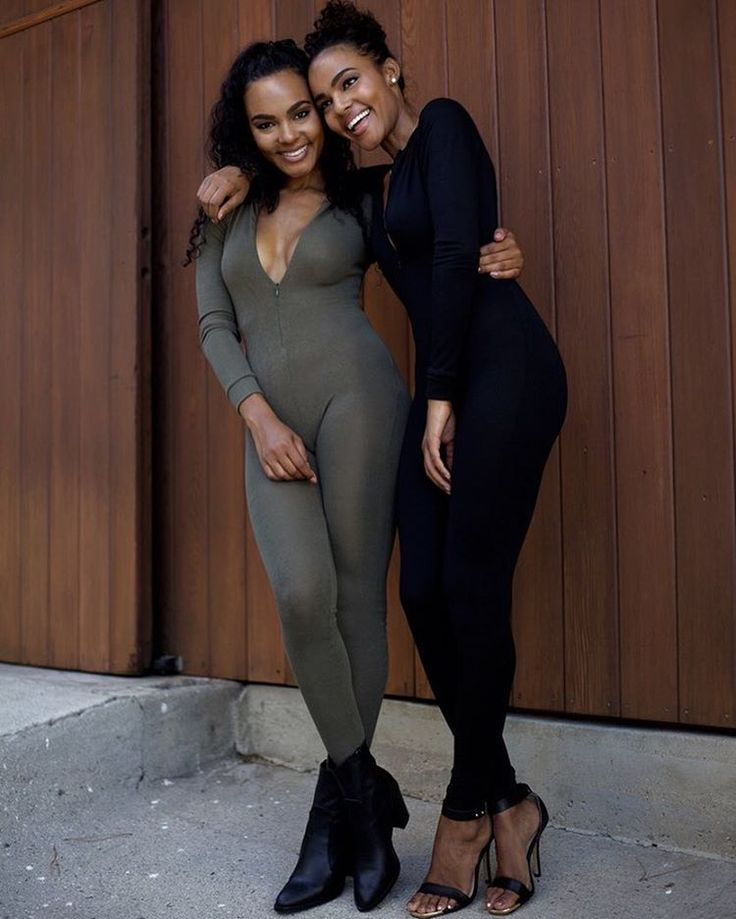 """Rae and Reine on Instagram: """"HAPPY NATIONAL WOMAN'S DAY!!  #twins #aladdinmagic #nationalwomensday #sisters #sistersister #identicaltwins #twinmodels #slay #bestfriends #besties #aladdintwins"""""""