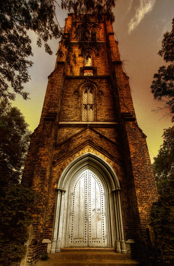 I ADORE the door to this tower of an abandoned church in Toronto, Canada!