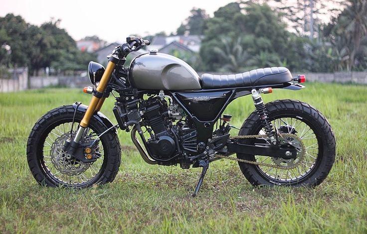 Custom Kawasaki Ninja 250R - Grease n Gasoline