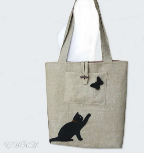 Linien bag with black cat
