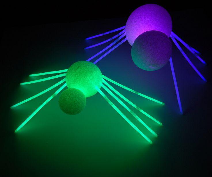 styrofoam spiders with glow stick legs - Glow Sticks For Halloween