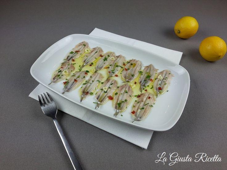 Alici marinate - La Giusta Ricetta - Ricette semplici di cucinaLa Giusta Ricetta – Ricette semplici di cucina