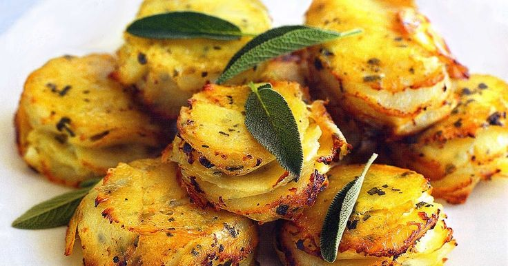 For a stylish twist to the Sunday roast, serve up these sensational potatoes as a side dish.