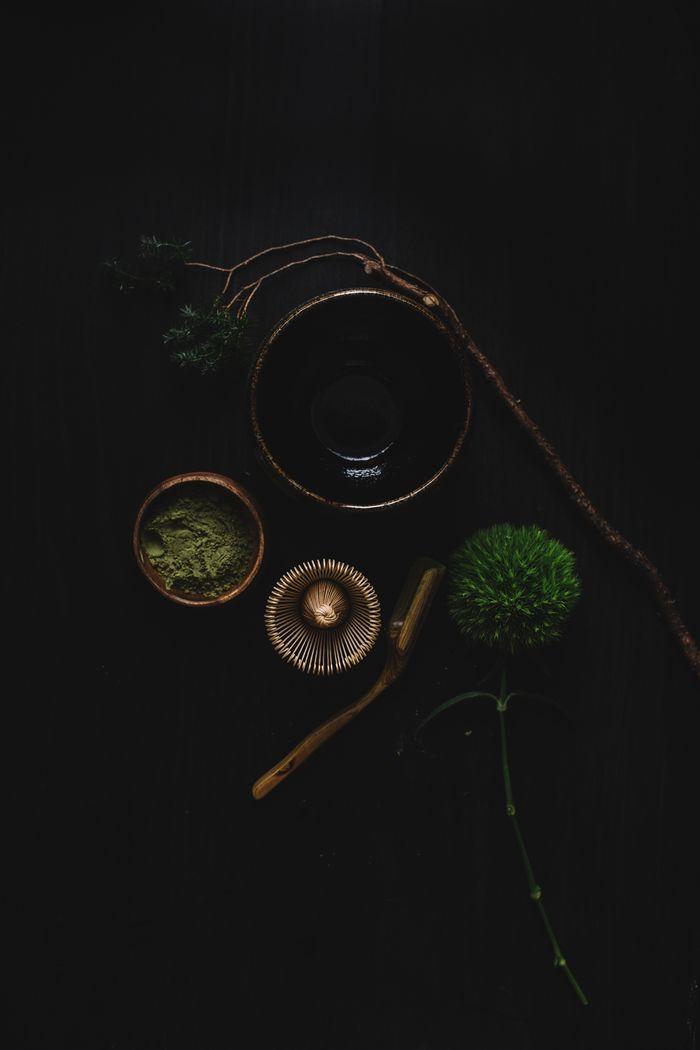 Bloesem living   Preparing Matcha Tea