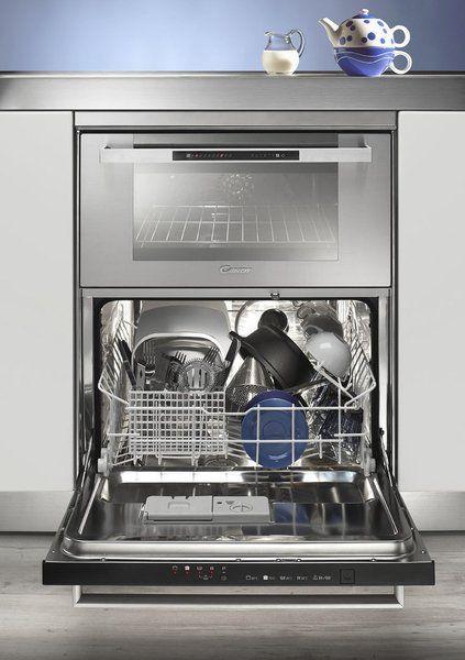 Lave-vaisselle et four en duo. L'appareil associe un lave-vaisselle 4 programmes et 6 couverts et un four multifonctions doté de 5 modes de cuisson. 39 litres. Duo 609X. Candy.