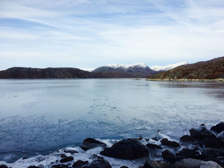 Autumn Greenland - the Bay are beginning to freeze