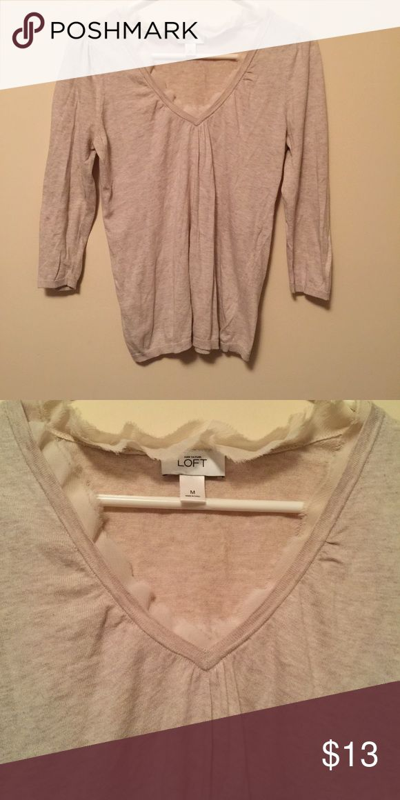 Ann Taylor Loft sweater Beautiful Ann Taylor loft lightweight sweater. Excellent gently worn condition. No flaws Ann Taylor Sweaters V-Necks