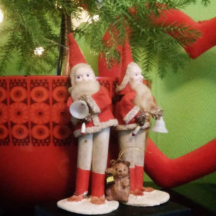 Our vintage #christmaselves .  . . . #familyheirloom #christmasfaffing #makelightfestive #vintagechristmas #vintagekerst