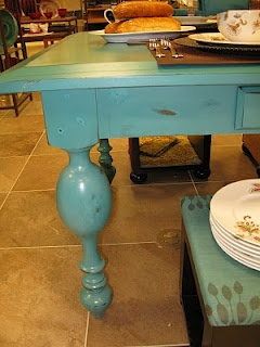 turquoise distress...dining table?  Richer color than this though.