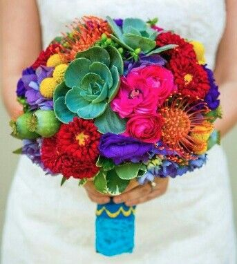 I love these colors.  Perfect for my Mexican wedding.