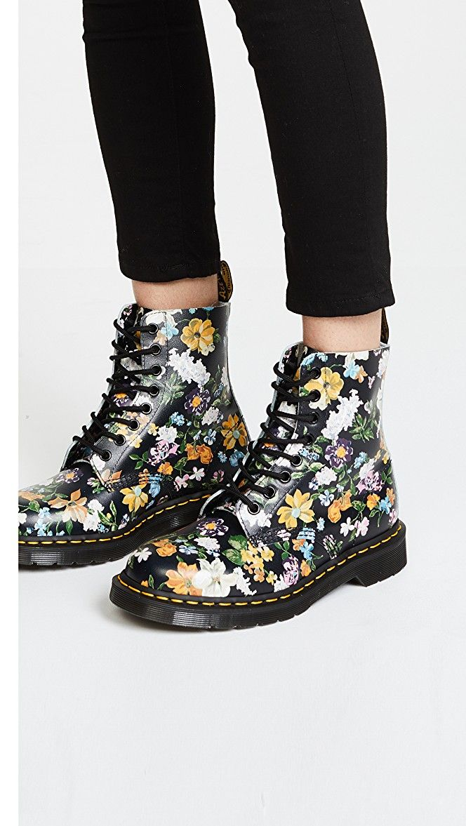 Dr. Martens Darcy Floral Pascal 8 Eye