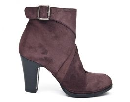 Nora's Shoe Shop : 'Bebeto' ankle bootie by Chie Mihara