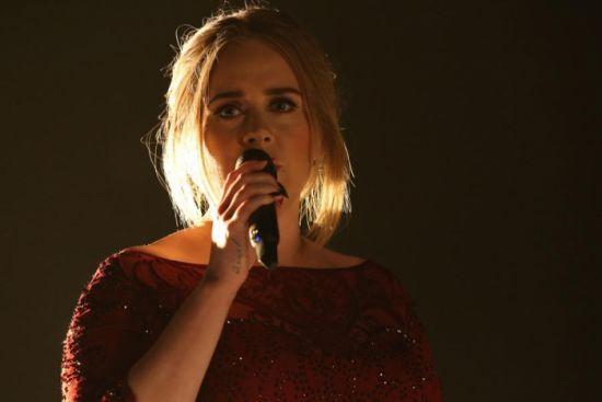 Veja as performances do Grammy Awards 2016 #Adele, #BrunoMars, #Cantor, #Diplo, #Hit, #JustinBieber, #Kelly, #Loira, #M, #Mundo, #Música, #Noticias, #Popzone, #Prêmio, #Rapper, #Show, #Single, #Sucesso, #TaylorSwift http://popzone.tv/2016/02/veja-as-performances-do-grammy-awards-2016.html