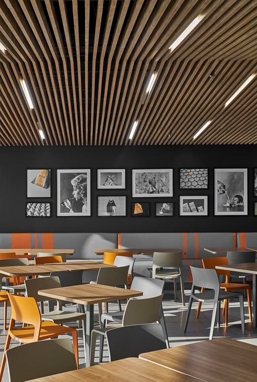 After first collaborating in 2011, and again in 2012, Tetra Pak and Orbit Design Studio reteamed a third time to craft a new workplace for the food packaging...